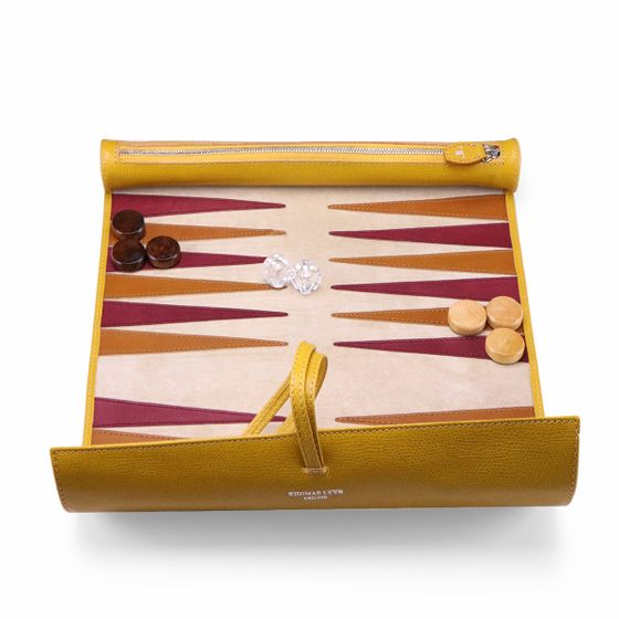 Backgammon-Roll-Grained-Leather-Mustard-Open-Base