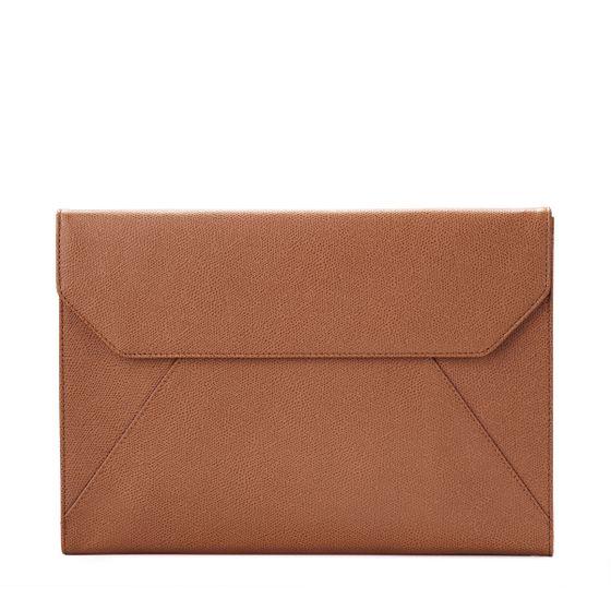 Envelope-Folio-Grained-Leather-Cognac-Front-Base