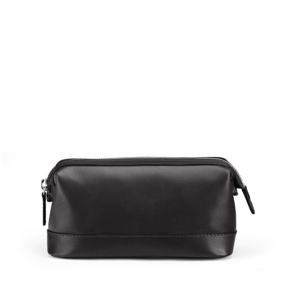 Small-Washbag-Black-Smooth-Base-1