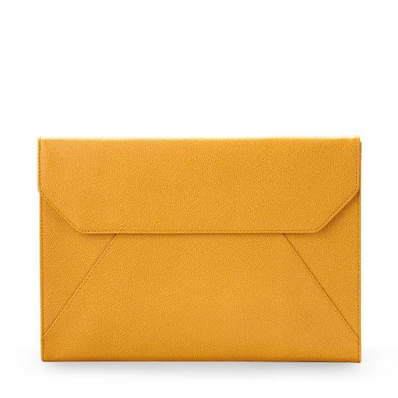 A4-Docuemnt-Folio-Mustard-Front-Base-1