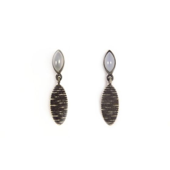 Kw-Earrings-Marquise