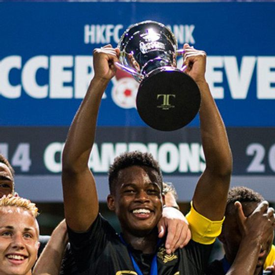 Designers-and-Makers-of-The-HKFC-Citibank-Soccer-7s-Trophies