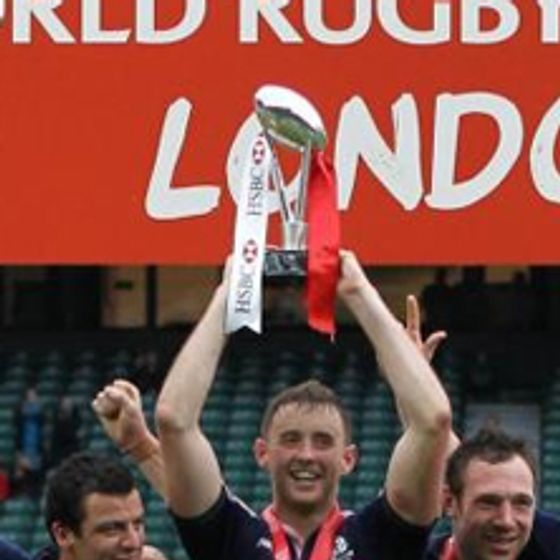 Designers-and-Makers-of-The-HSBC-World-Rugby-London-Sevens-Trophies