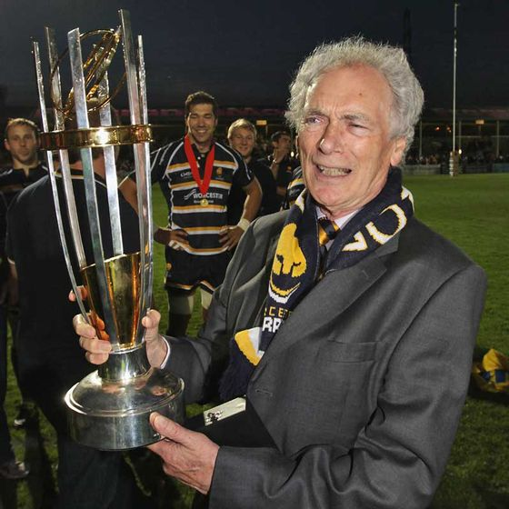 Designers-and-Makers-of-The-RFU-Championship-Trophy